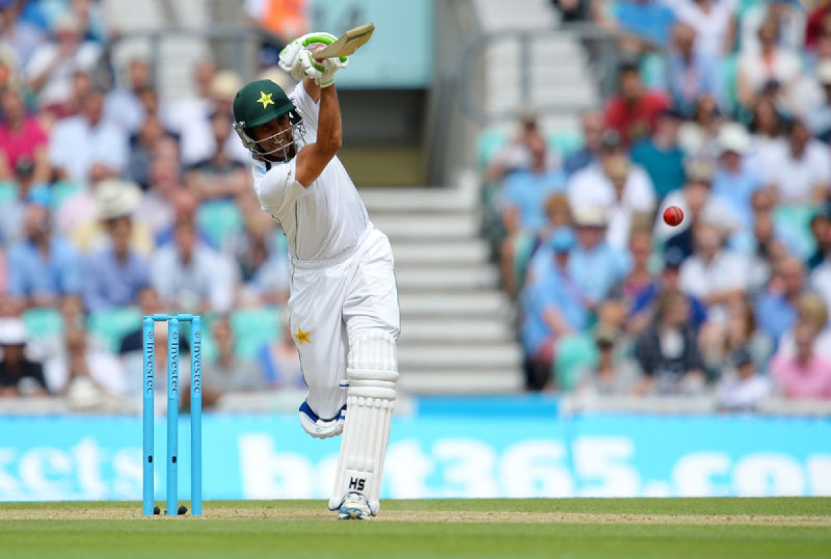 Pakistan's Younis Khan plays a shot during play on the third day of the fourth test cricket match between England and Pakistan at the Oval in London on August 13, 2016.   Pakistan start the third day on 340 for six, 12 runs in front, with Younis ending a run of low scores courtesy of his 101 not out after sharing a fourth-wicket partnership of exactly 150 with Shafiq (109). / AFP PHOTO / GLYN KIRK / RESTRICTED TO EDITORIAL USE. NO ASSOCIATION WITH DIRECT COMPETITOR OF SPONSOR, PARTNER, OR SUPPLIER OF THE ECB