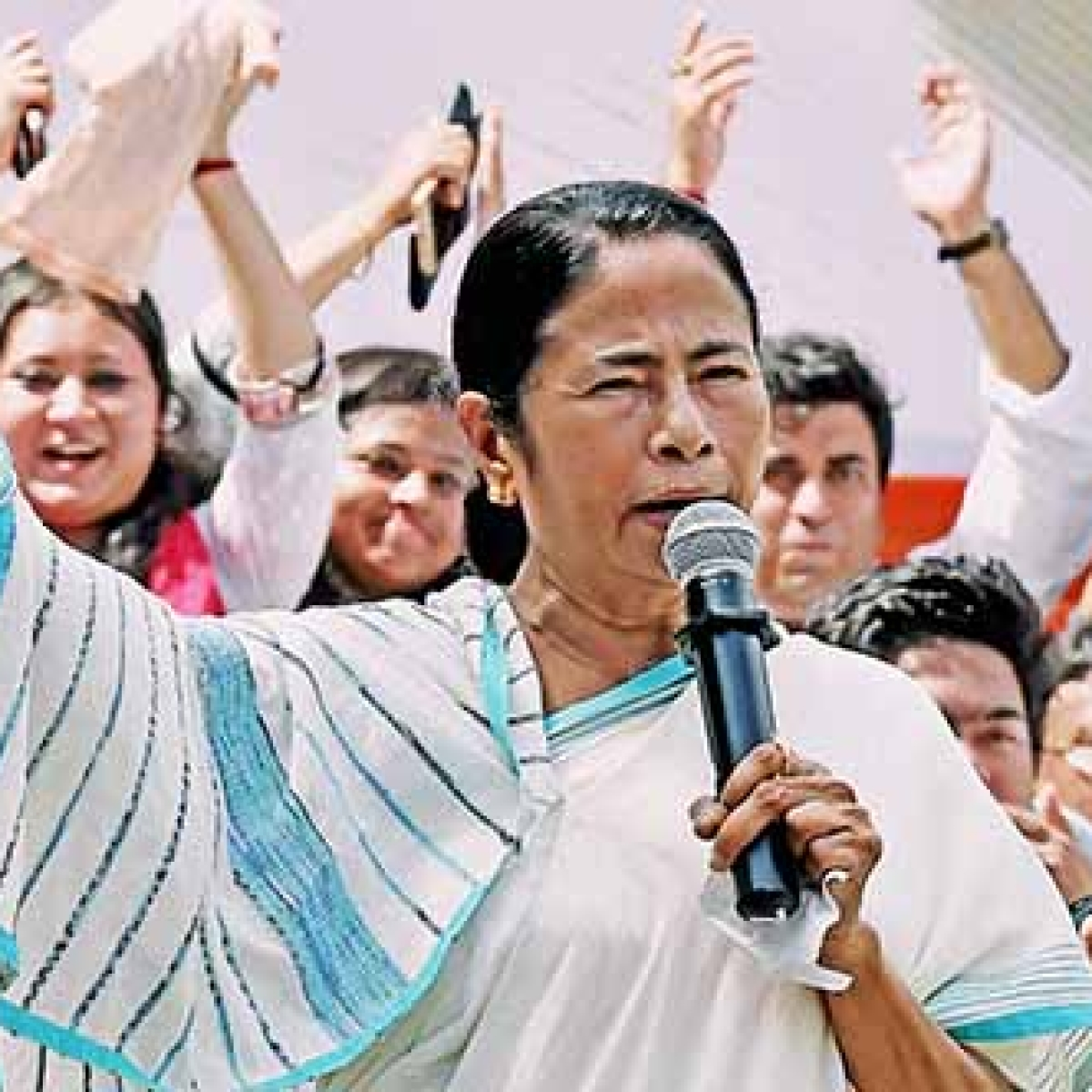 Mamata expresses sadness over deaths due to panic over NRC, says will never allow it in Bengal
