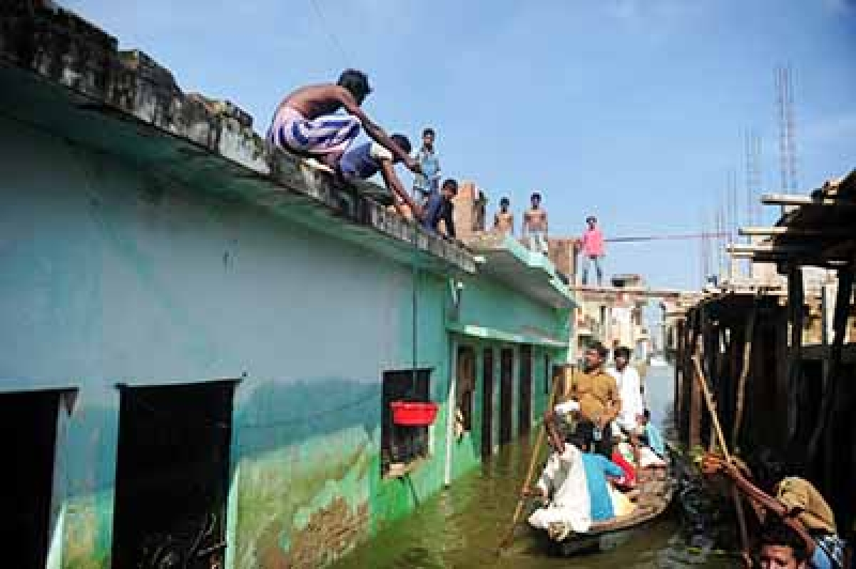 Home Ministry forms teams to assess flood relief work by state administration