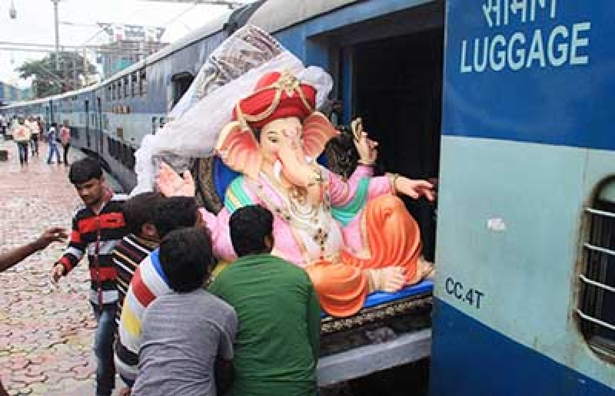 Police review security for Ganesh fest in city