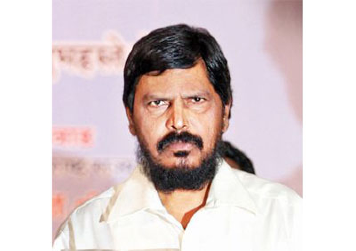 Intercaste marriages can end casteism: Athawale