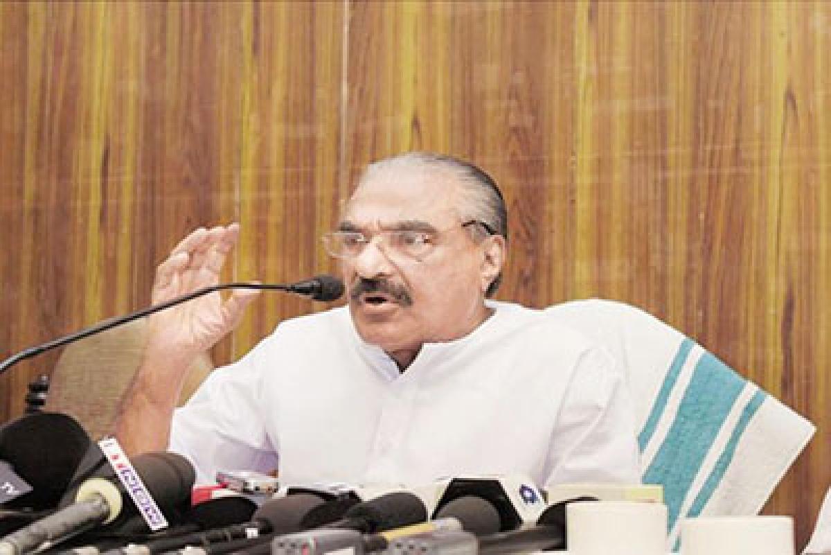 Congress -led UDF splits in Kerala