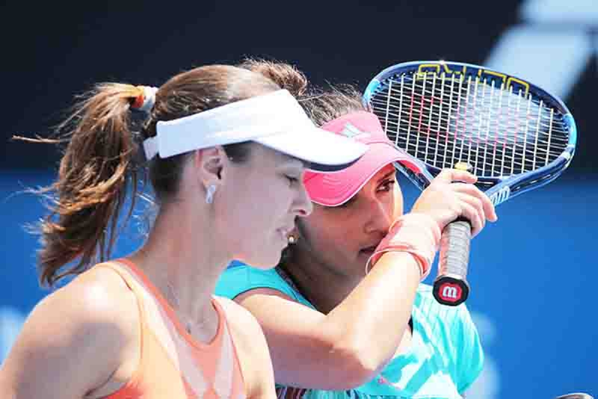 Sania Mirza ends it with Martina Hingis, teams up with Strycova