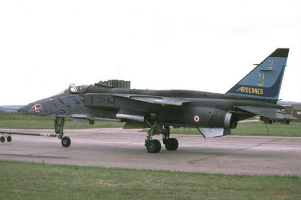 IAF's Hawk jet trainer crashes, pilots eject safely