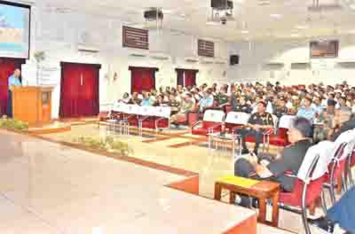 Air Marshal RK Dhir visits Army War College