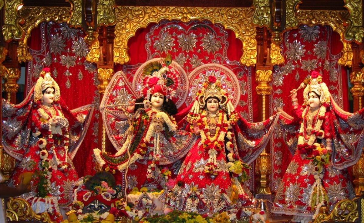 ISKCON celebrates Janmashtami with Rajasthani art backdrop