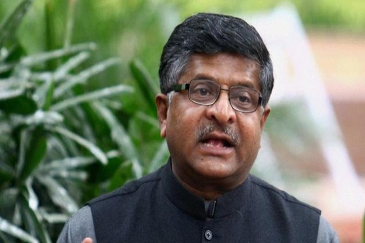 Law Minister loses cool on triple talaq bill, draws flak