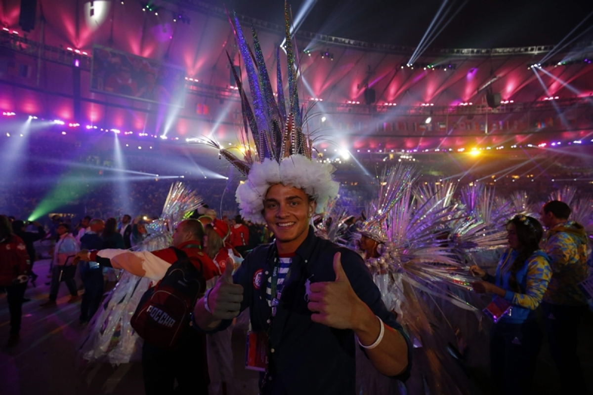 Spectacular closing ceremony brings curtains down to 2016 Rio Olympics