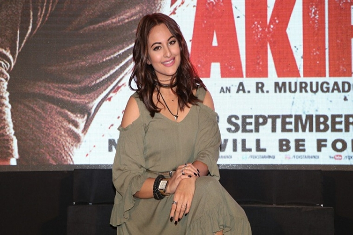 Sonakshi fought like a man in 'Akira': A.R. Murugadoss