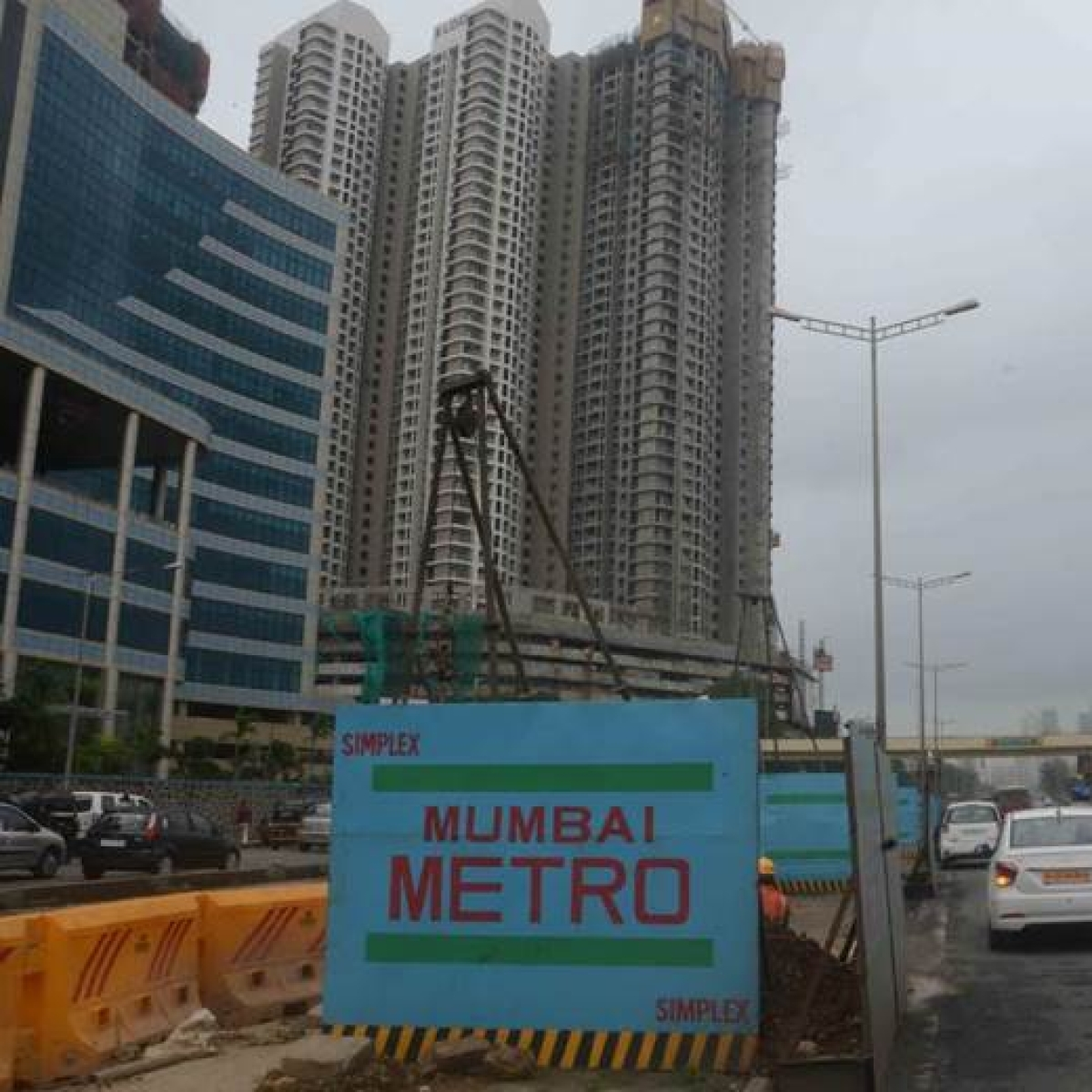 Mumbai: Man crushed to death on Metro site in Kandivali