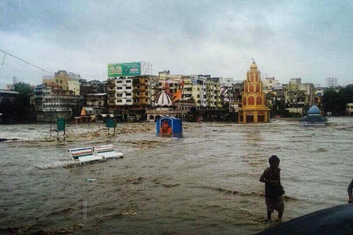Incessant rains lash Nashik