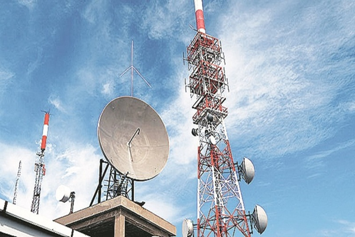 Jio wants periodic spectrum auctions, SpaceX pushes for satellite use to promote broadband