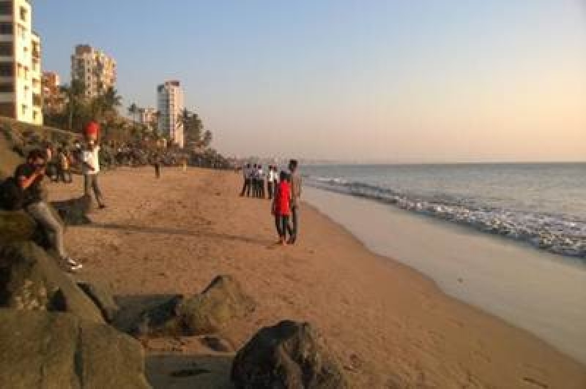 Missing bodies of 2 found from Versova beach