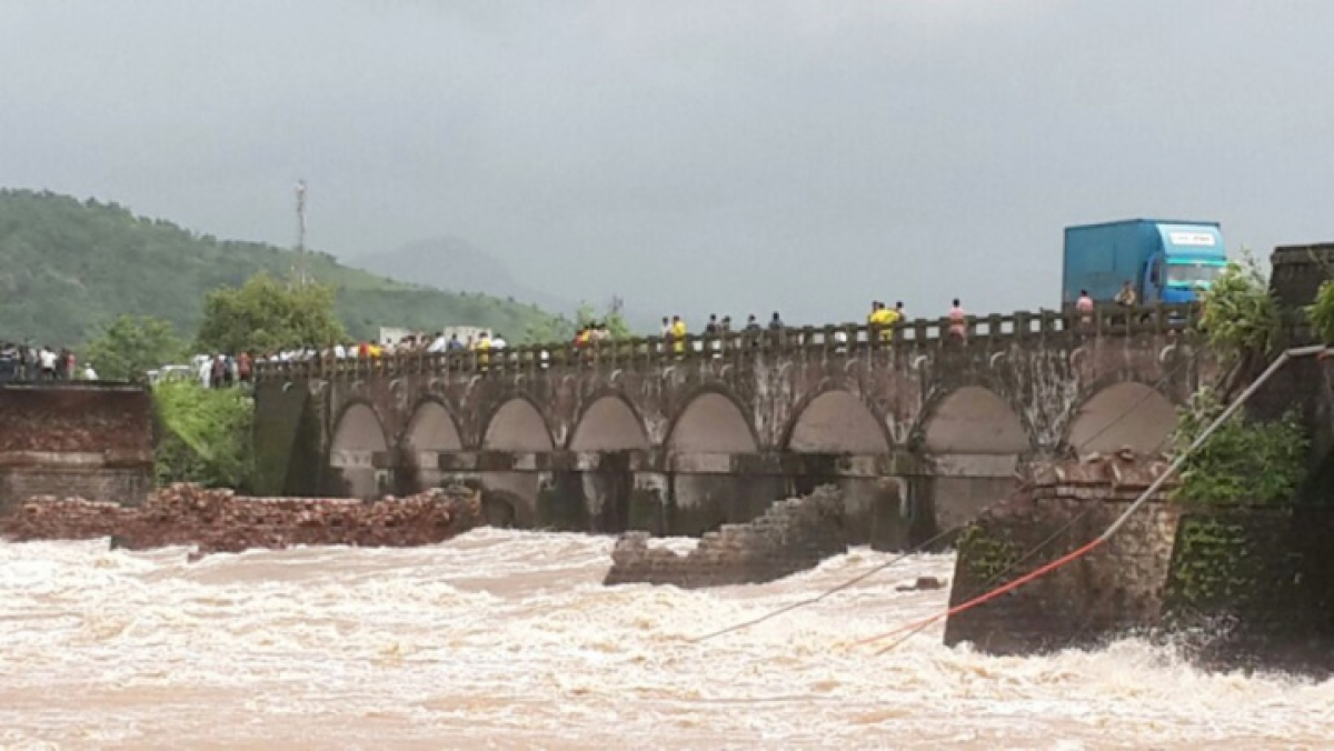 Search operation to be intensified near bridge collapse site