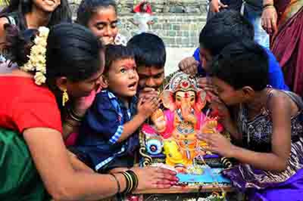 City gears up to bid adieu to Ganpati