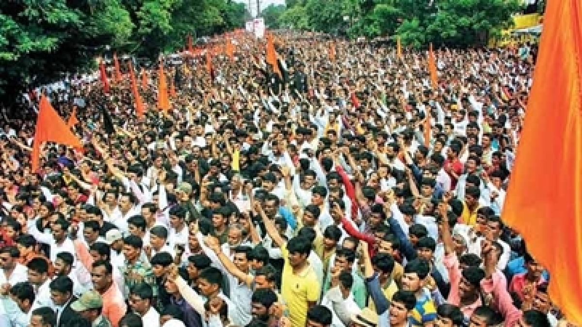 Maratha morcha takes out silent protest march in Jalna