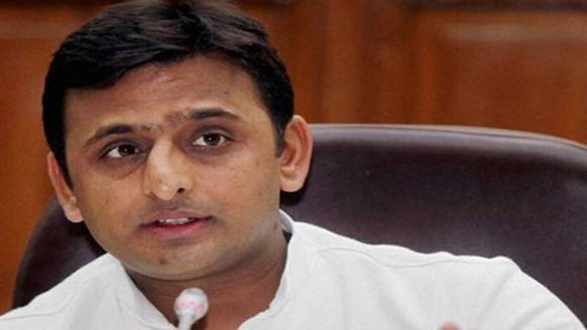 Akhilesh Yadav meets with UP governor sparks speculation