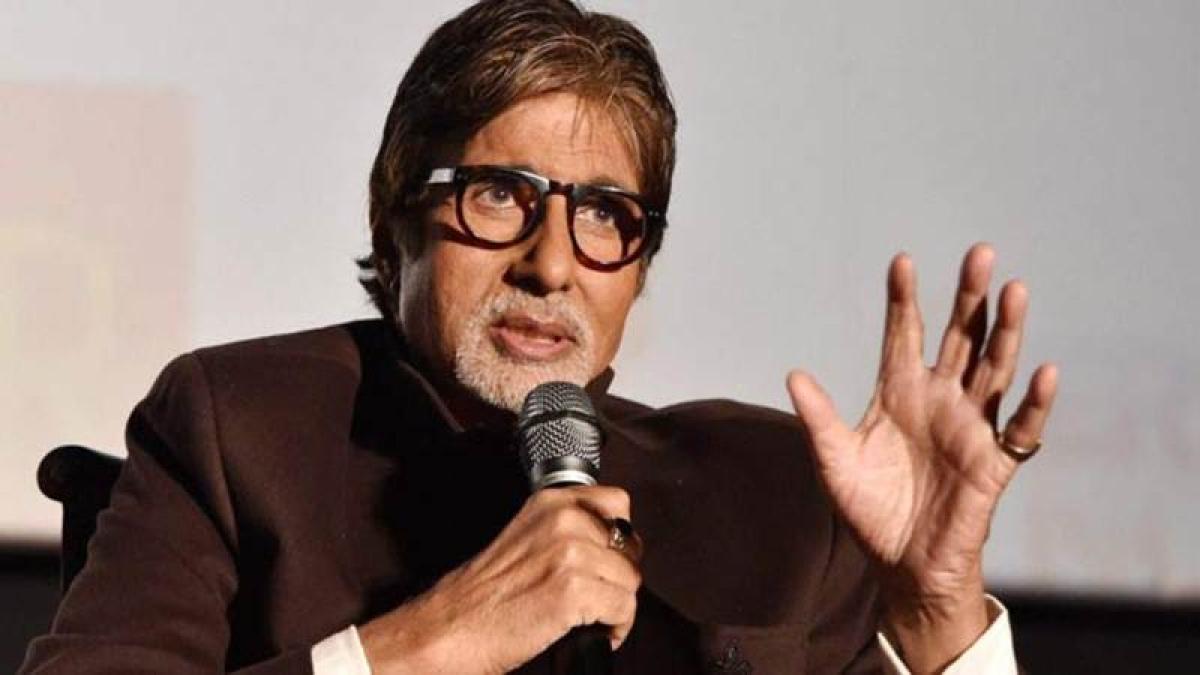 Big B turns 74, wakes up to trending #HappyBirthdayAmitabhBachchan