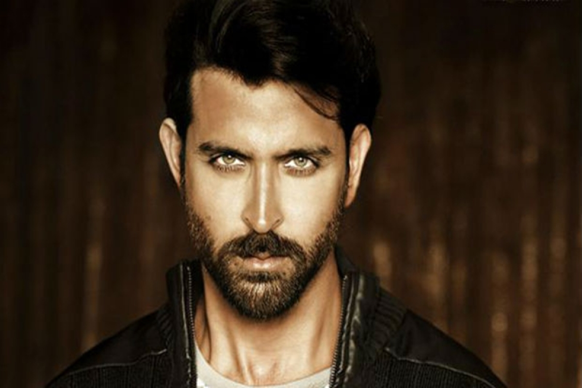 Hrithik Roshan's Facebook page gets hacked