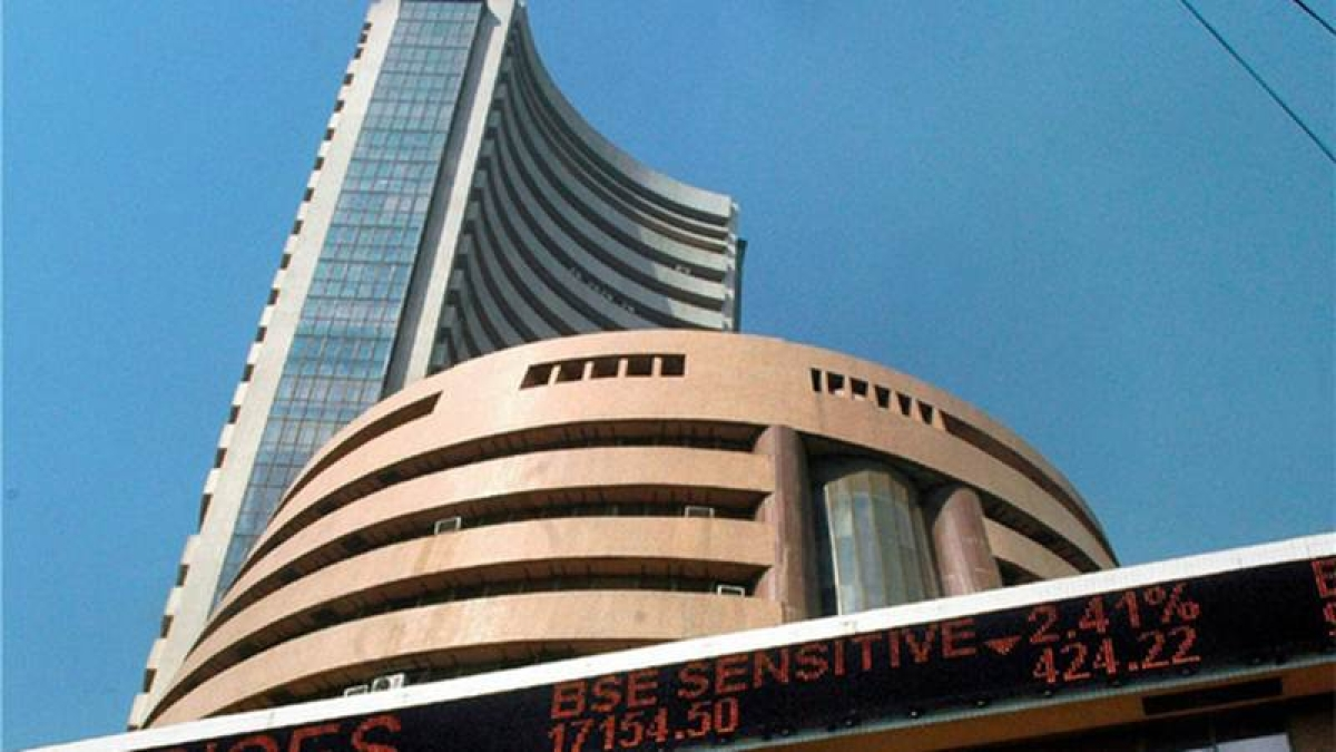 Stocks extends losses as new F&O series opens subdued, rupee worries continue