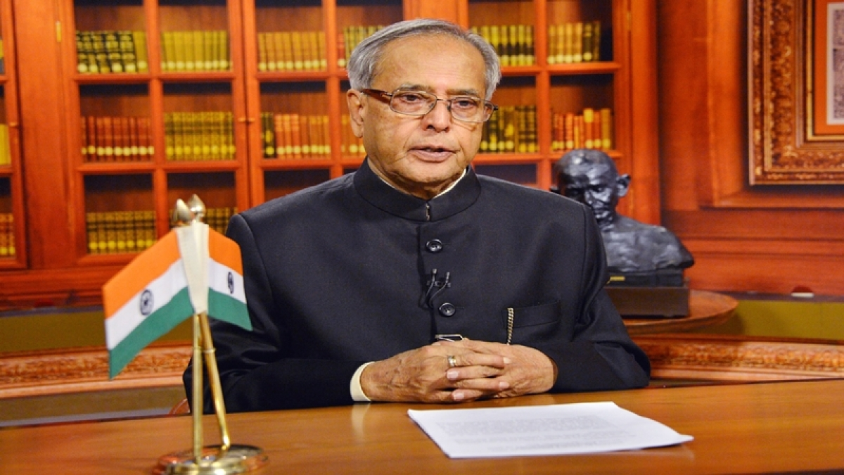 Note ban may slow down economy in short run: President Pranab Mukherjee