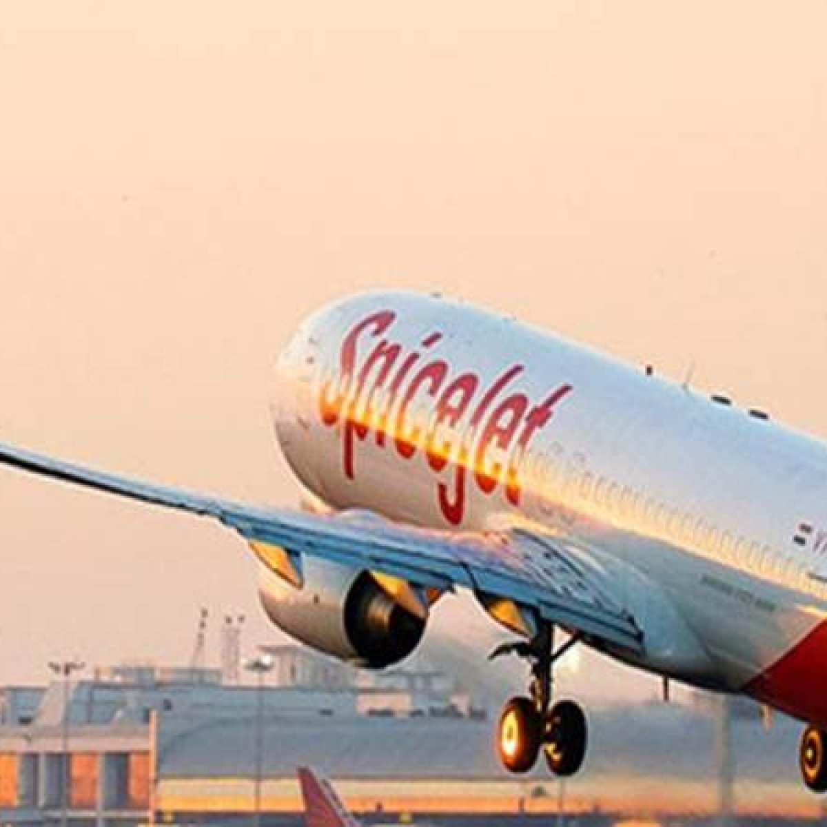 SpiceJet offers COVID-19 hospitalisation insurance to passengers