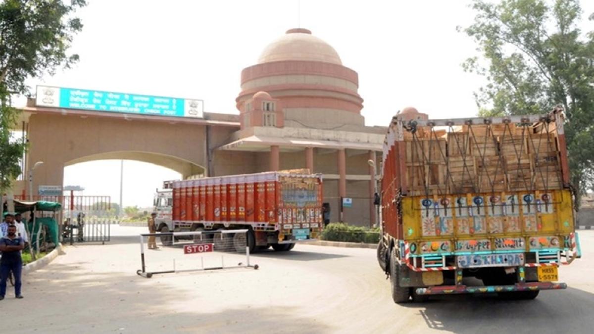 Uri attack: Punjab traders talk of severing trade ties with Pak