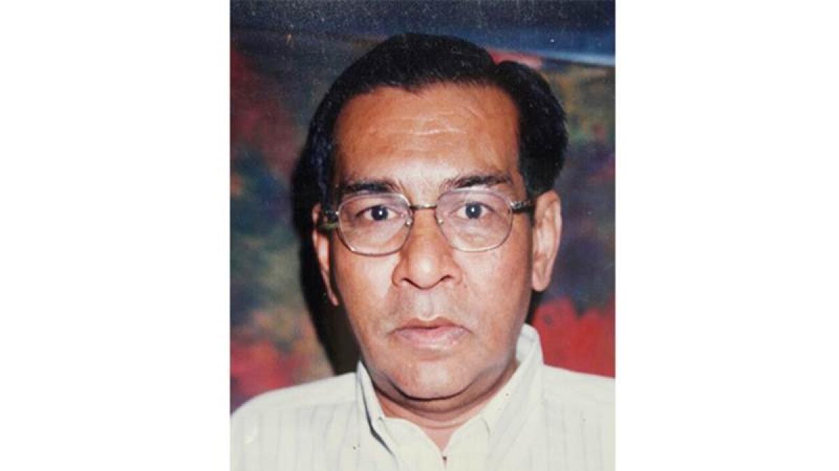 Ex-corporator, son in cop net for Mumbai RTI activist Vira's murder
