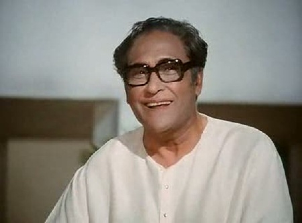 Remembering Ashok Kumar on his birth anniversary – lesser known facts