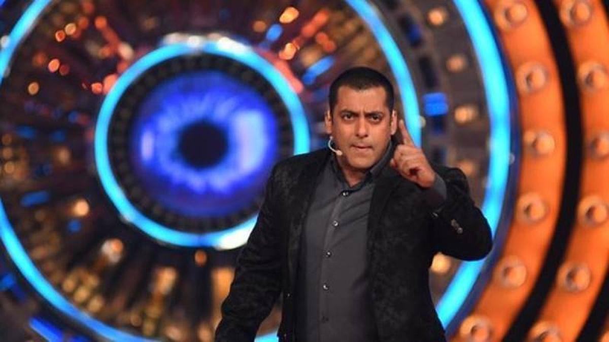 Bigg Boss 11: Hiten, Hina, Shilpa locked in at Salman Khan's show house