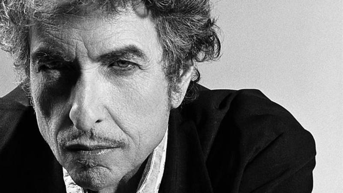 US songwriter Bob Dylan wins Nobel Prize in Literature