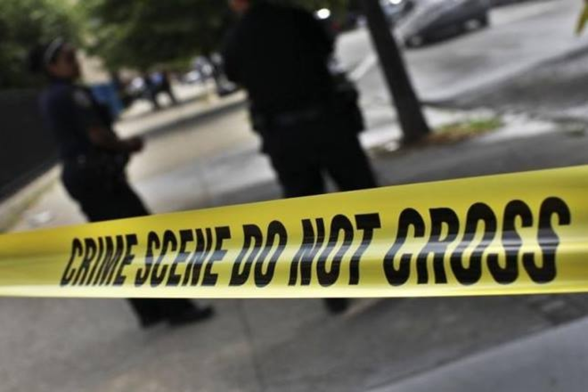 4 shot outside San Francisco schools, suspects at large