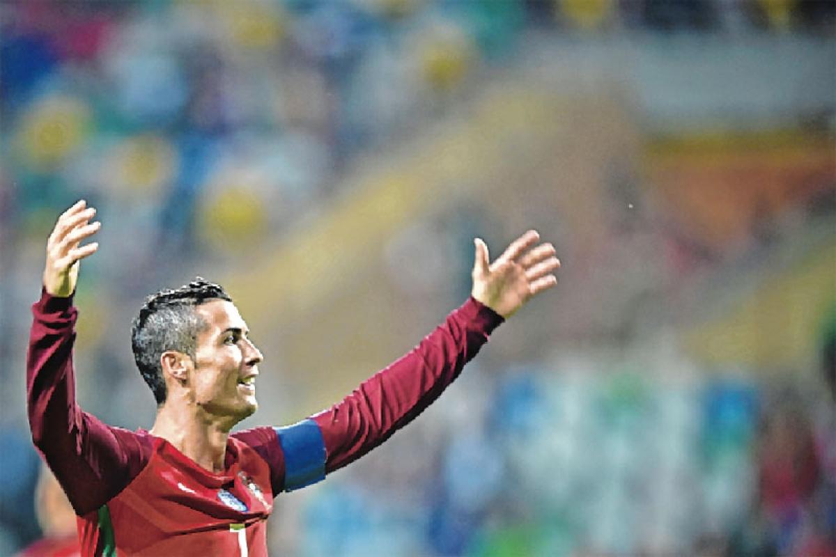 Cristiano Ronaldo hits Four
