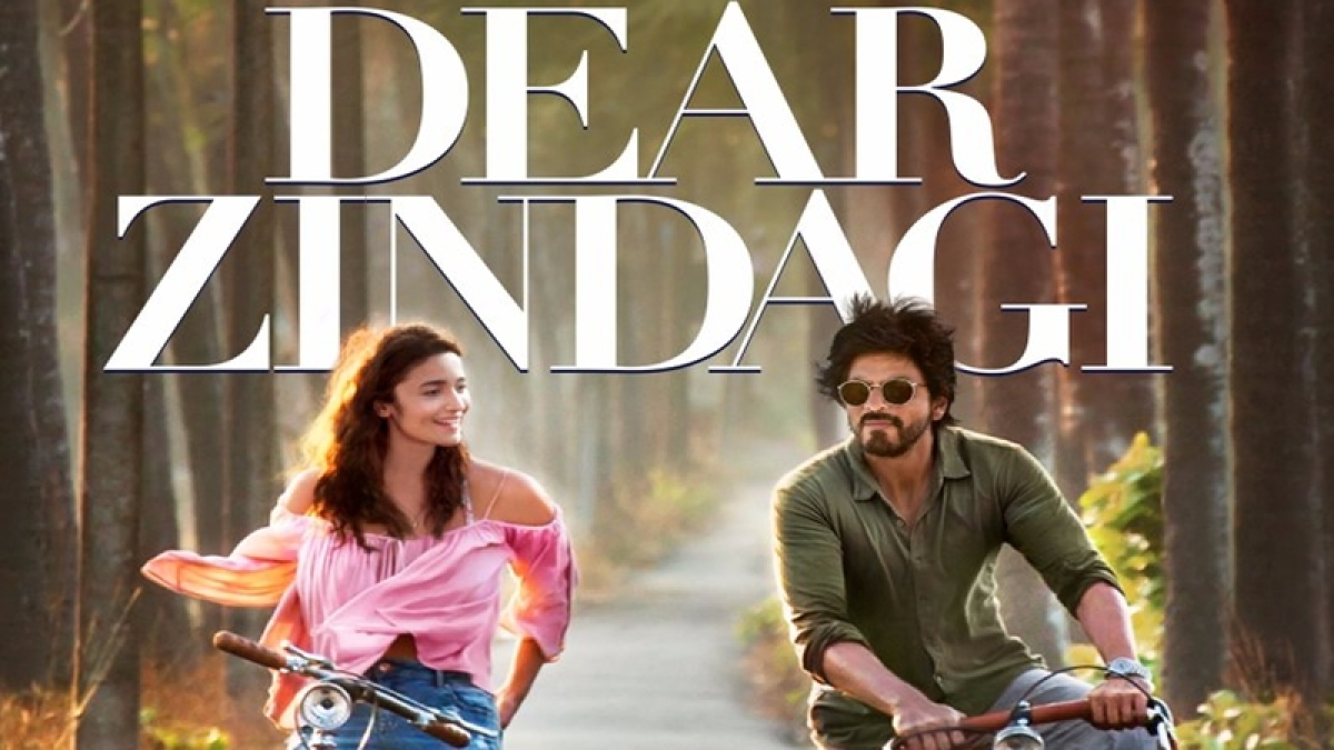 Check out the first poster of Alia Bhatt – SRK's Dear Zindagi