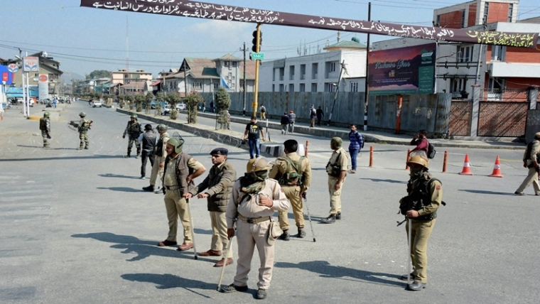 Kashmir violence: Curfew in interior areas of Srinagar