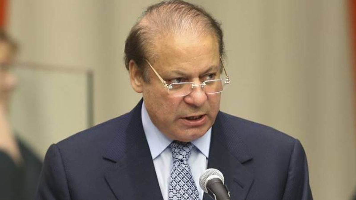 Nawaz Sharif's name in no fly-list, London departure delayed
