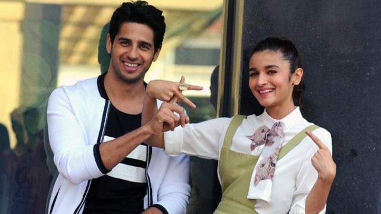 """Talk"" is what Alia would do if stuck in elevator with Sidharth"