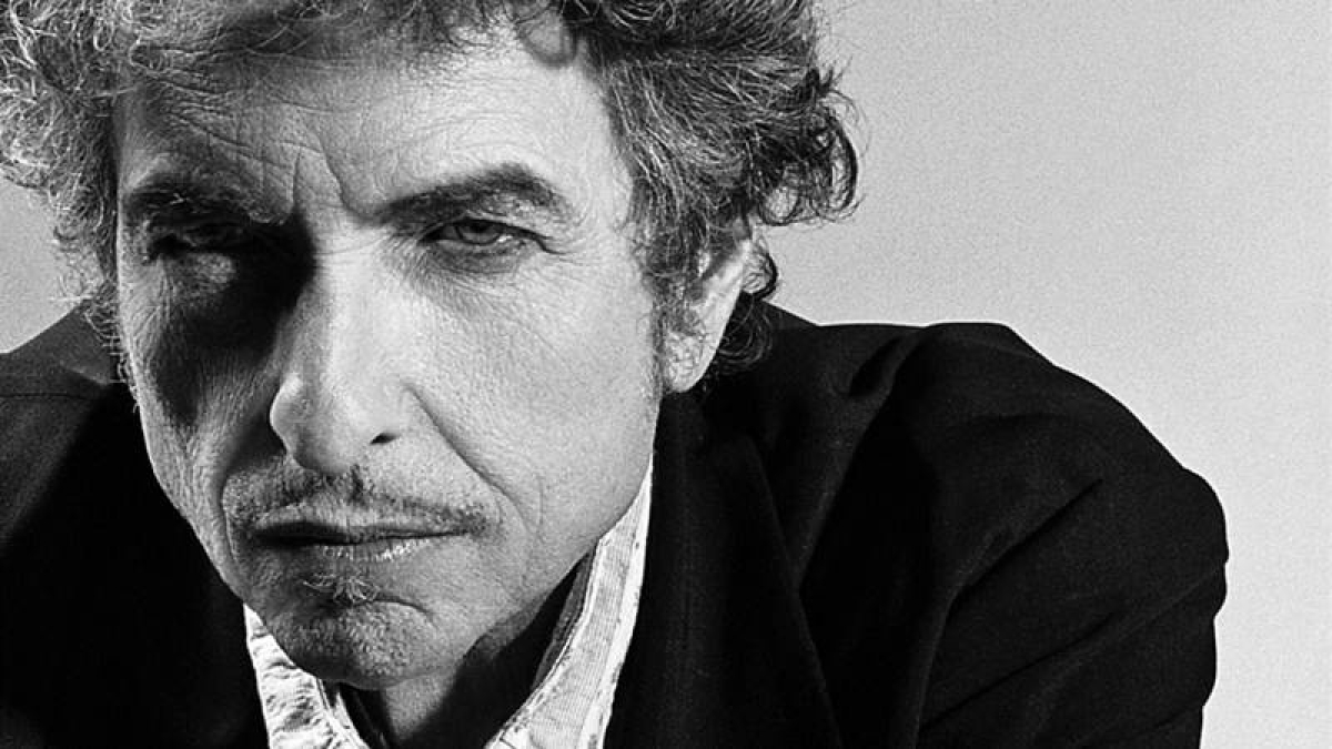 Bob Dylan to receive Nobel Prize for Literature in Stockholm at weekend
