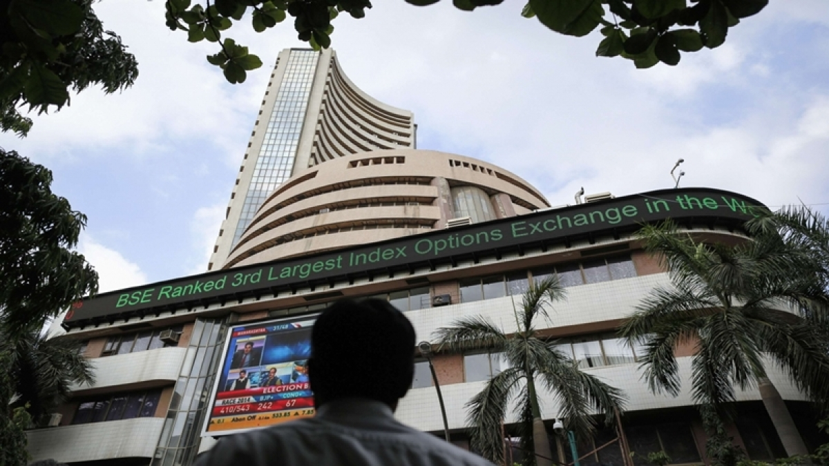 Bulls ran amok on frenzied buying support; rally could gather steam if Nifty breaks 15,000 level