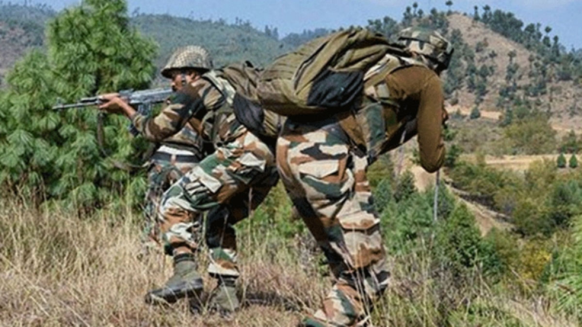 Jammu and Kashmir: Pakistan violates ceasefire, targets forward posts, villages along LoC in Poonch