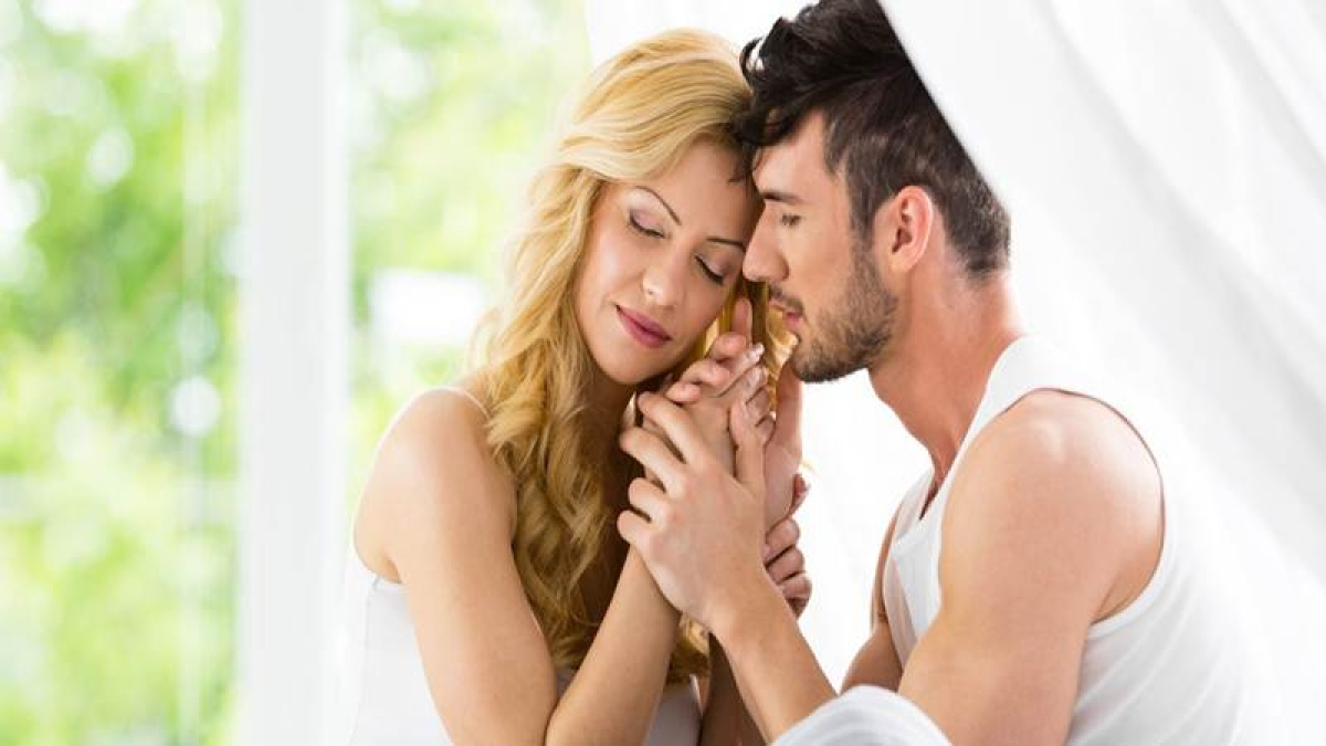 Sexual arousal lays an unconscious impact on what an individual sees