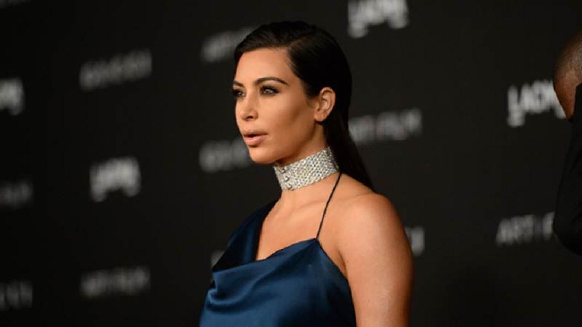 Kim Kardashian unharmed after being held at gunpoint