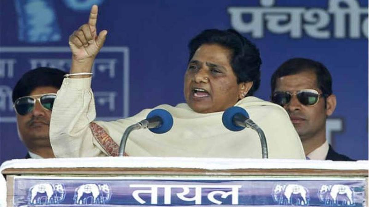 Narendra Modi's Lucknow Dussehra event politically motivated: Mayawati