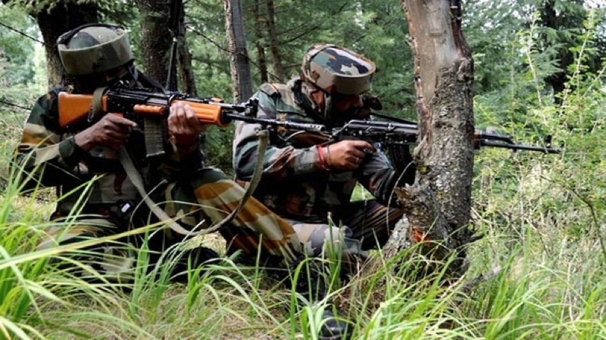 2-3 Pak troops killed as India returns fire