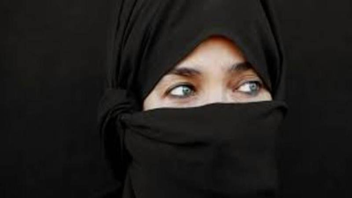 Muslim woman puts out fire with Abaya, saves Indian driver's life in UAE
