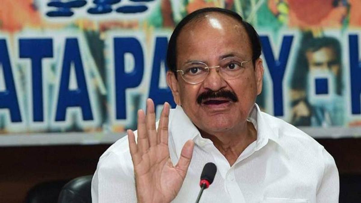 Dynasty in democracy is 'nasty': Venkaiah Naidu on Samajwadi party rift