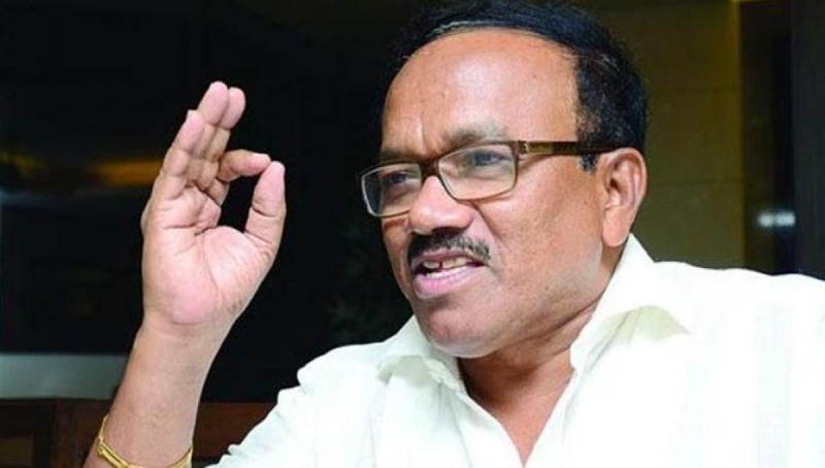 Goa CM takes dig at Sena chief
