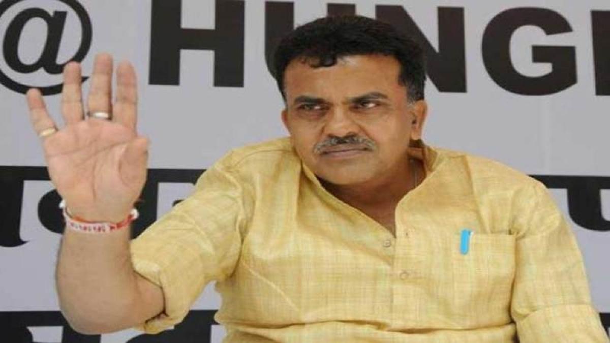 Shastra Puja no 'tamasha'; Kharge an 'atheist': Sanjay Nirupam