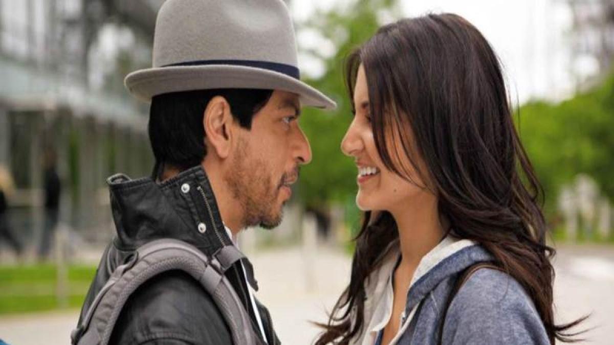 Shahrukh Khan misses Anushka Sharma as she wraps shoot of Imtiaz's film