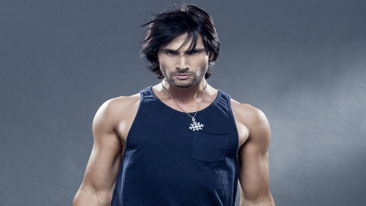 """""""If one doesn't like the show, then one should not watch it""""- Aham Sharma"""